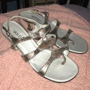 Van Eli vintage look metallic strappy heels